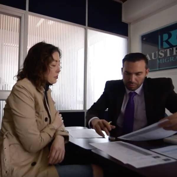 asistencia profesional migración Australia